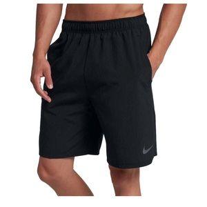 Nike Size L 8'' Flex Woven Training Shorts 2.0
